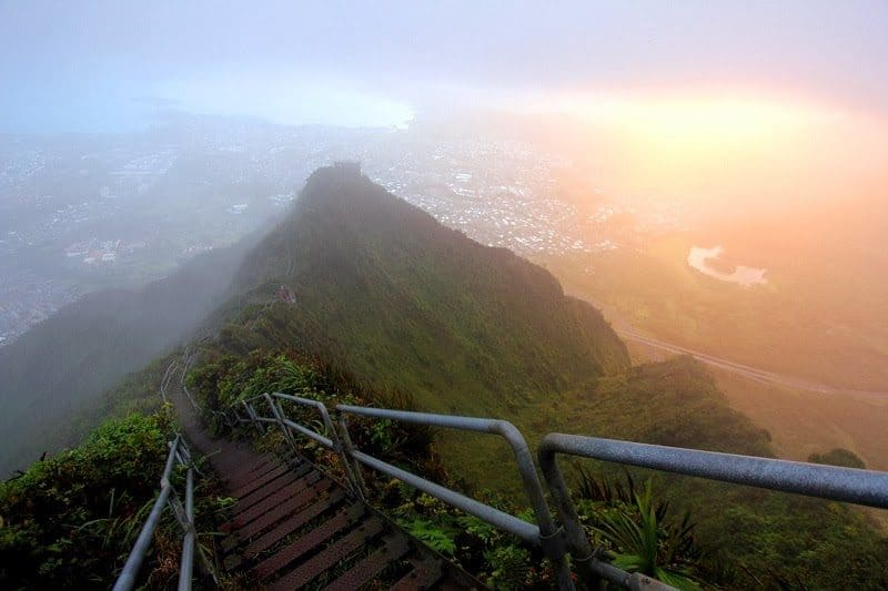 The view from the top of the magical Stairway to Heaven hike or Haiku Stairs