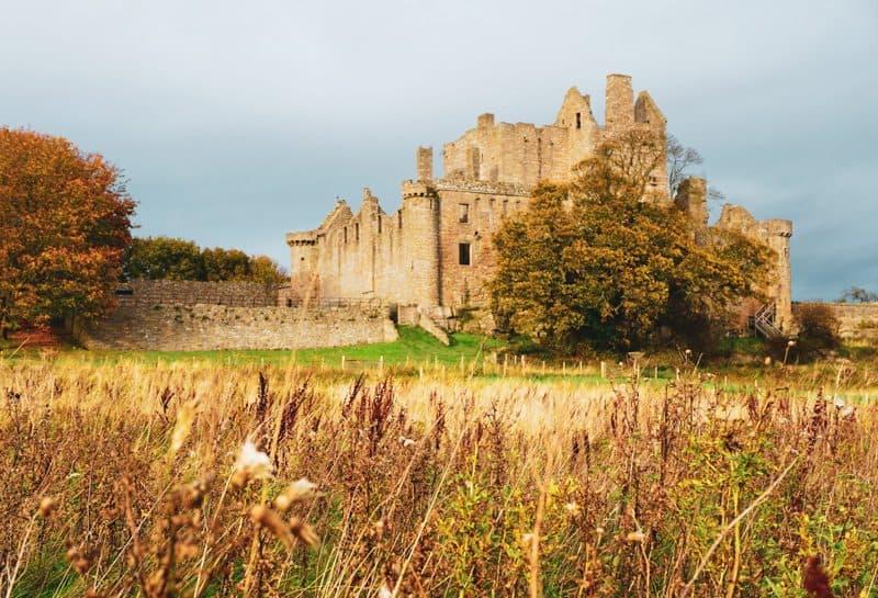 Craigmillar Castle Edinburgh Outlaw King Filming Location