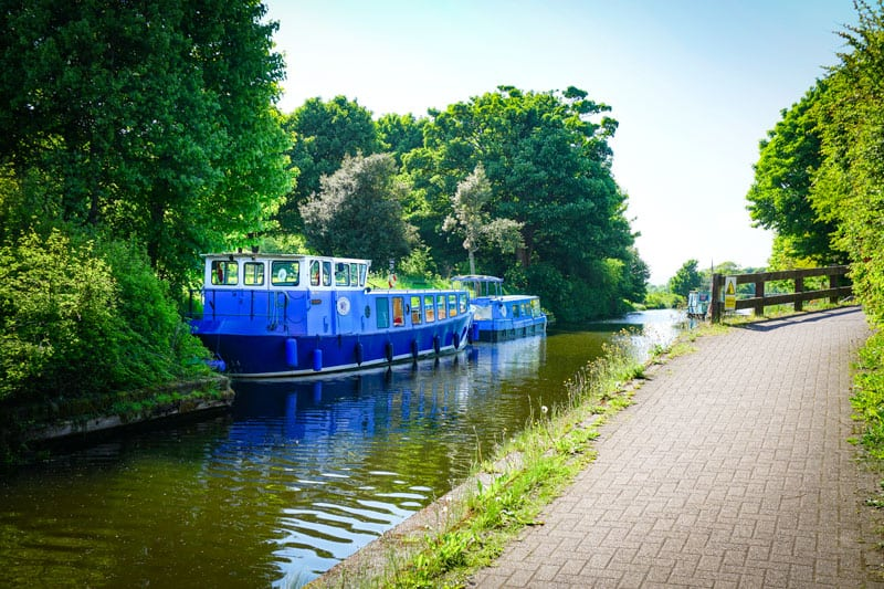 Houseboat on the Forth and Clyde canal on the Scottish National Trail