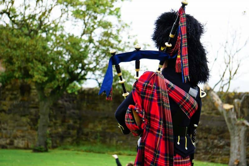 Travel Scotland on a budget