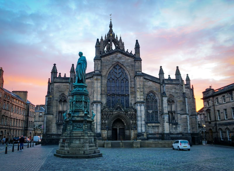 Living and working in Edinburgh guide
