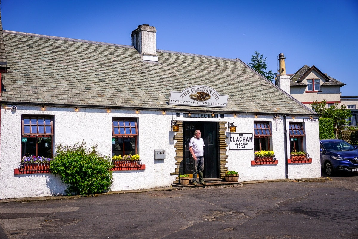 one of the best pubs in scotland is the clachan inn in drymen