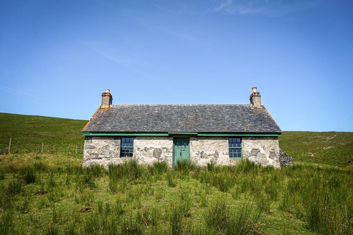 Knockdamph bothy is one of the most traditional bothies in Scotland