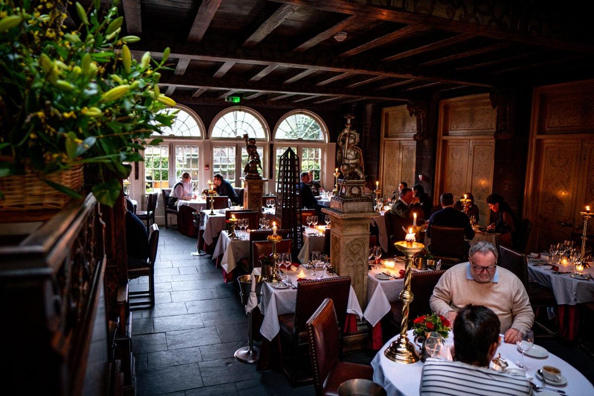 10 Romantic Restaurants in Edinburgh For Couples