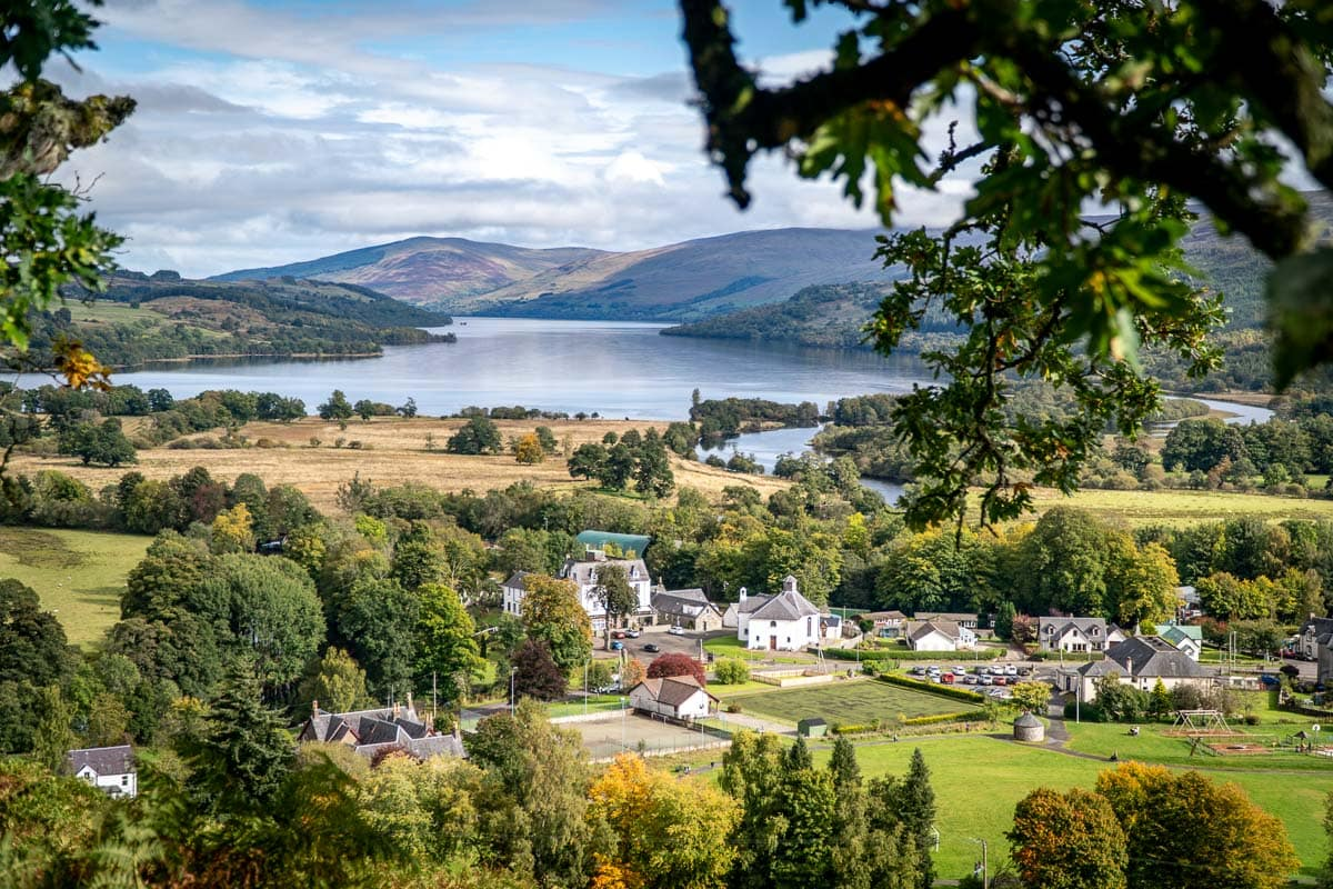 village of killin with loch tay in the background