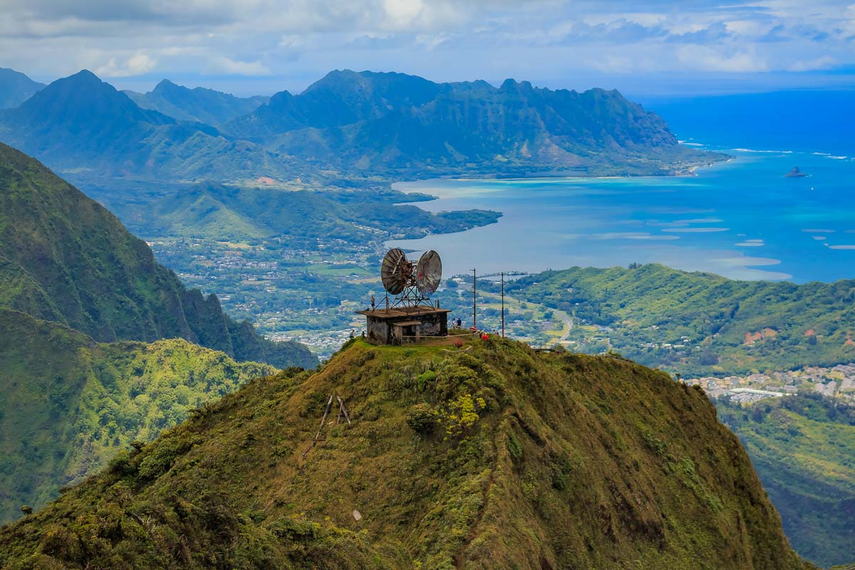How To Do The (Illegal) Stairway To Heaven Hike in Hawaii